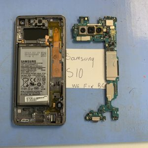 image of Samsung S10 dissembled for the fitting of new service pack screen