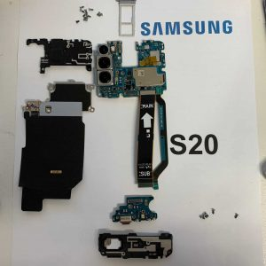 image of a Samsung S20 internal parts ready to be put into new Samsung service pack screen repair Bournemouth