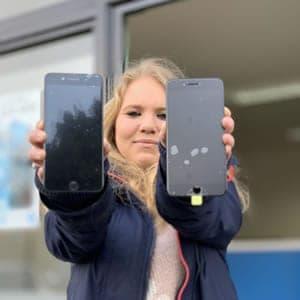 Genuine iPhone display verses Fake iPhone Display